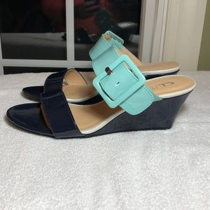 CL by LAUNDRY Wedge sandals
